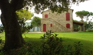 copertina-residenza-villa-privata-castagneto